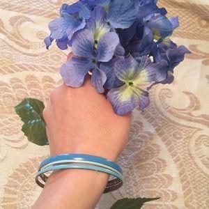 Jewelry - Blue bangles